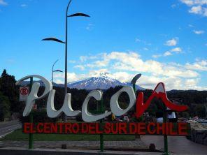 Pucon, Chili (an arrière plan, le volcan Villarrica)