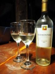 Petite dégustation d'un Torrontes à Salta, Elementos vient de la Bodega El Estico mais est bien moins cher que les vins en vente là-bas haha !