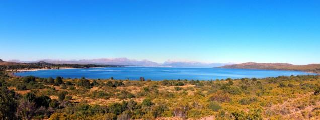 Panorama sur le lac Nahuel Huapi et Bariloche au loin