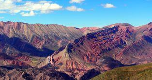 Panorama de El Hornocal ou la montagne aux 14 couleurs