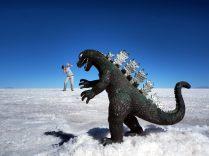 Godzilla débarque sur le salar d'Uyuni !
