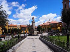 Sur la Plaza de Armas de Potosí