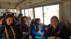 Dans un minibus vers le terminal de bus