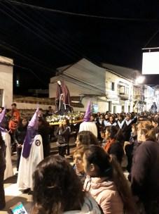 Une procession sainte
