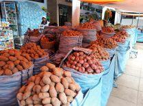 Variétés de pommes de terre, marché de Sucre