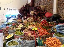 Etalages au marché de Sucre