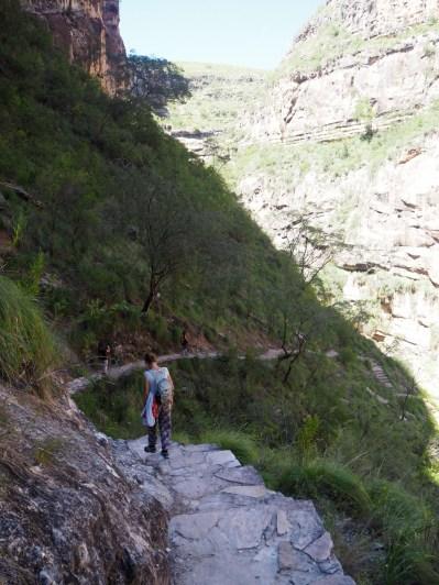 Début de la descente vers le fond du canyon de Toro Toro