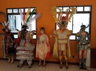 Exemples de costumes traditionnels, La Paz