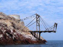 Vestiges de l'exploitation du guano aux Îles Ballestas