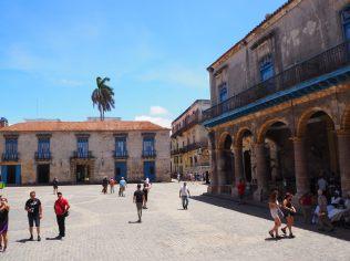 Place de la cathédral, La Havane
