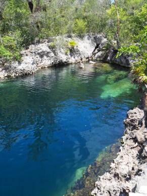 La cénote (trou d'eau douce) de la Cueva de Los Peces, qui permet d'aller explorer des grottes allant jusqu'à 70m de profondeur