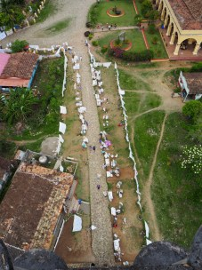 Vue en contreplongée depuis le haut de la Torre Manaca, vallée de los Ingenios