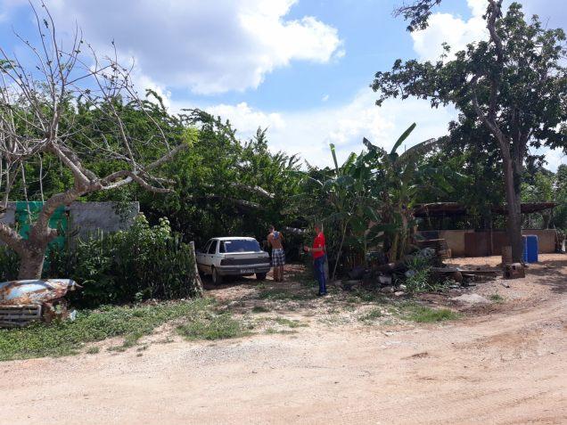 """""""Station essence"""" improvisée de notre taxi entre Cayo Coco et Playa Larga"""