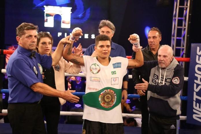 Adriana Araújo no Boxing For You. Foto: Mario Palhares
