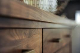 DS5 dresser detail