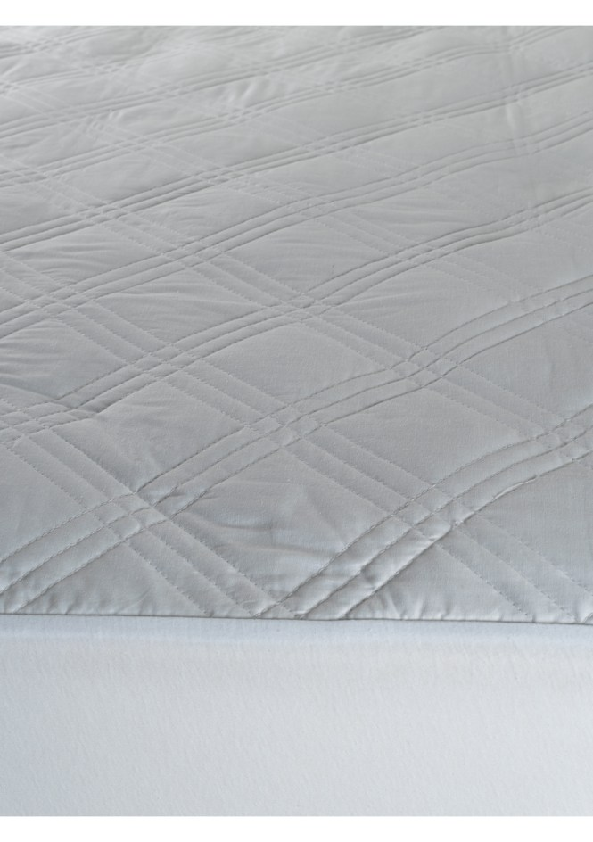 Diamond All Cotton Mattress Protectors Db Stock Up For Winter Onceit