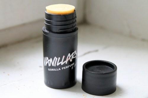 Vanillary_solid_perfume_vegan