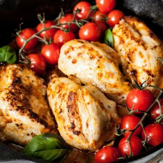 Sun Dried Tomato, Basil and Mozzarella Chicken