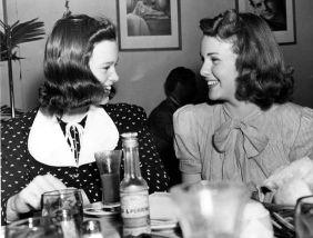 Gloria Vanderbilt has lunch with Deanna Durbin at the Universal studios commissary