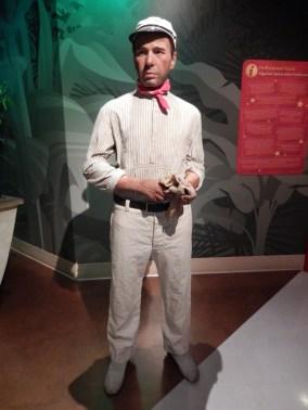 Humphrey Bogart in THE AFRICAN QUEEN