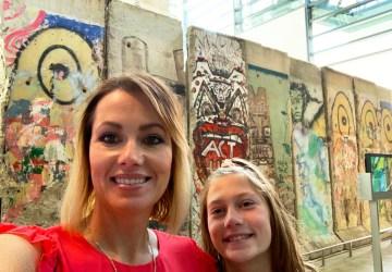 Berlin Wall & Wheat girls
