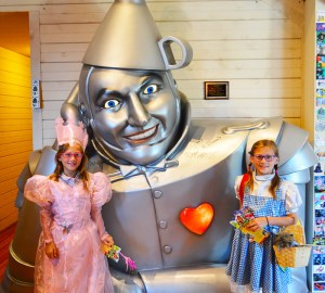 OZ museum tin man & girls