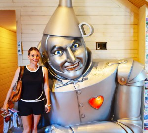 Terri Wheat with Tin Man at Oz Museum