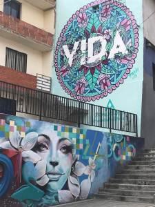 """""""Life"""" a mural in Comuna 13"""