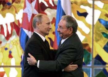 Vladimir Putin y Raúl Castro en La Habana.
