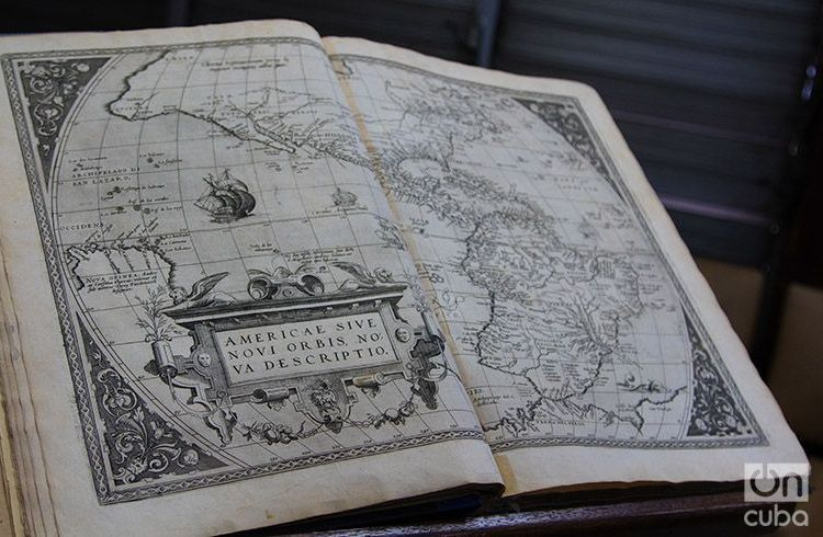 Copy of Ortelius Atlas returned to Cuba by the Boston Athenaeum Library. Photo: Ismario Rodríguez.