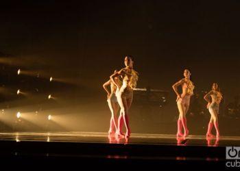 """Latido"" by Lizt Alfonso Dance Cuba. Photo: Ismario Rodríguez."