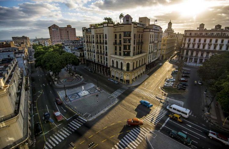 Prado and Neptuno, Old Havana: Photo: Jeff Cotner.