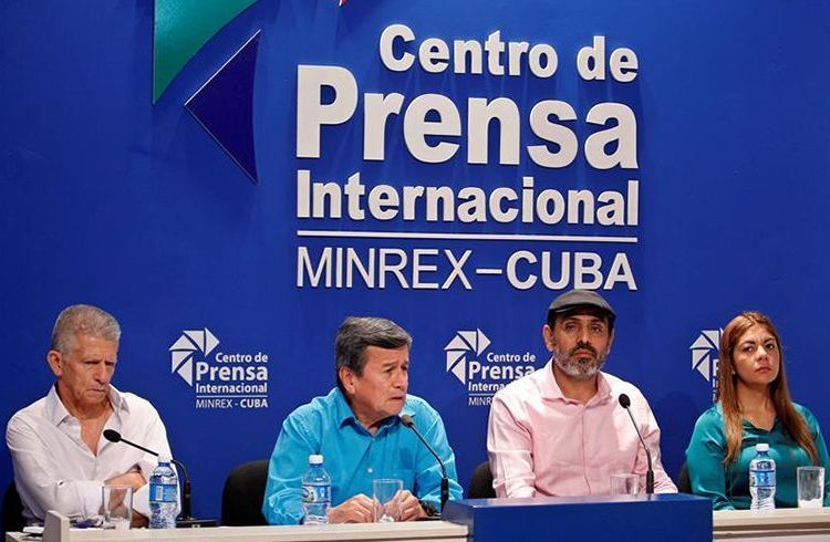 From left to right, the delegates of the Colombian National Liberation Army (ELN) Aureliano Carbone, Pablo Beltrán, Bernardo Téllez and Isabel Torres at a press conference on Thursday, August 2, 2018, at Havana's International Press Center. Photo: Yander Zamora / EFE.