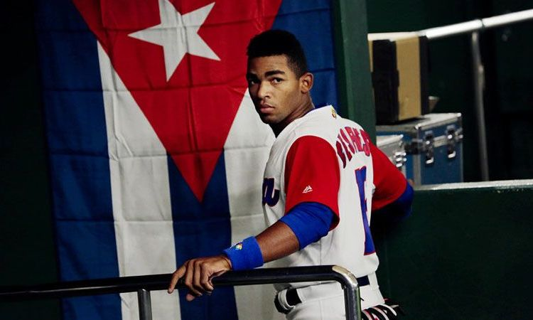 Yoelkis Céspedes, one of Cuban baseball's young talents, in the 4th World Baseball Classic. Photo: Getty Images.