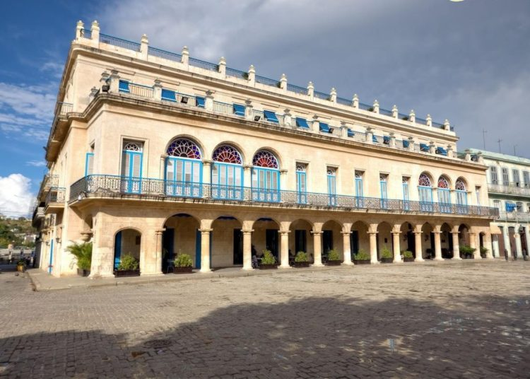 Santa Isabel Hotel, in Old Havana, one of the additions to the list of entities and sub-entities banned by the U.S. government for its citizens after its updating on April 24, 2019. Photo: todocuba.org