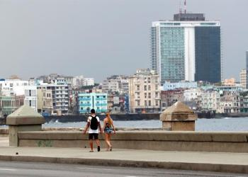 Havana's Malecón, April 2019. Photo: Ernesto Mastrascusa/EFE.