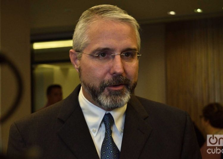 Ramón Jiménez, director of operations of American Airlines in Cuba. Photo: Otmaro Rodríguez.