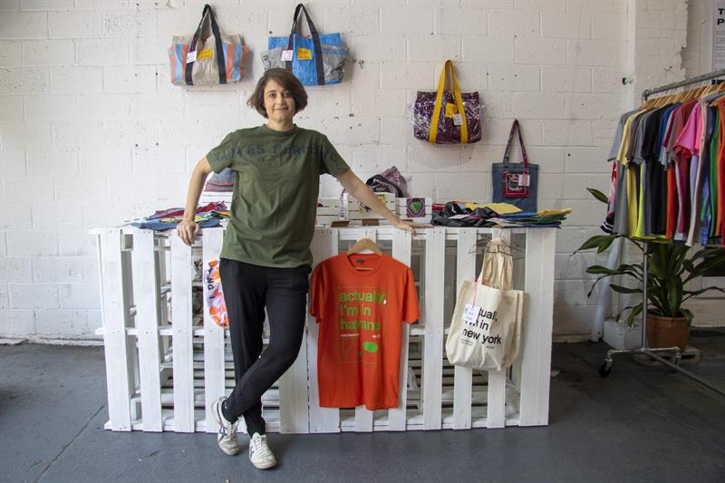 "The co-founder of the fashion brand ""Clandestina,"" Spaniard Leire Fernández, poses for EFE on Wednesday, June 5, 2019 in its ""pop-up"" (ephemeral) store in the neighborhood of Brooklyn, in New York. Photo: Miguel Rajmil / EFE."