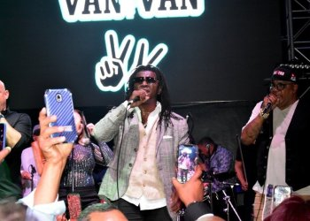 Los Van Van during their performance on May 30 in Miami. Photo: Lionel Watson / Facebook.
