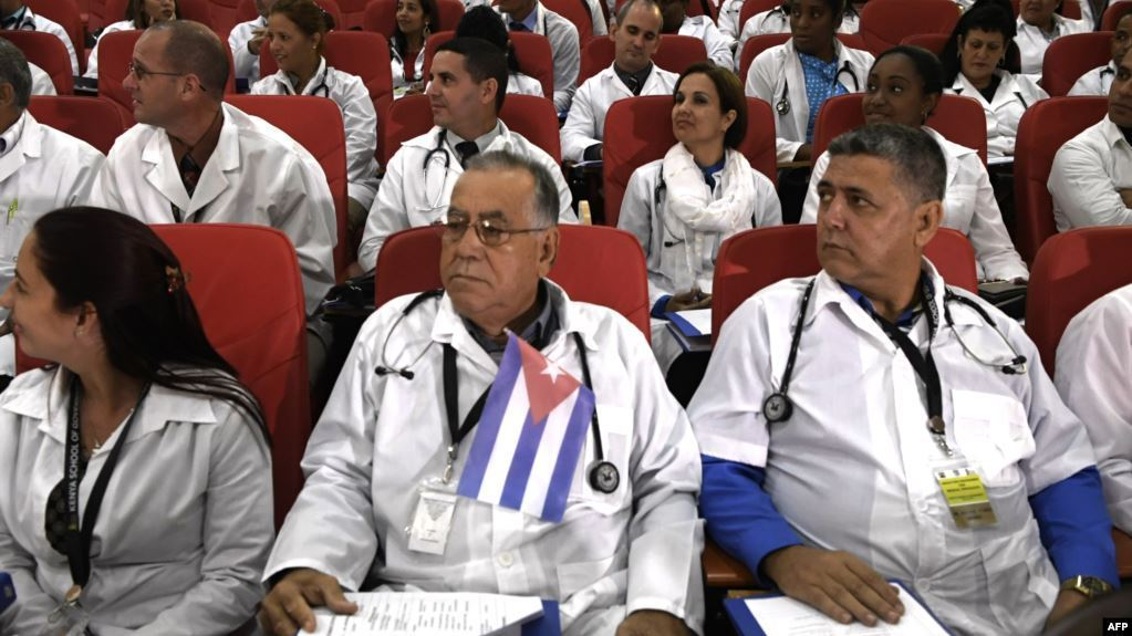 Cuban medical collaborators outside the island. Photo: Archive.