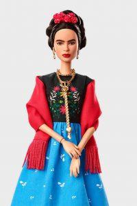 Barbie de Frida Kahlo. Foto: revistaq.mx.