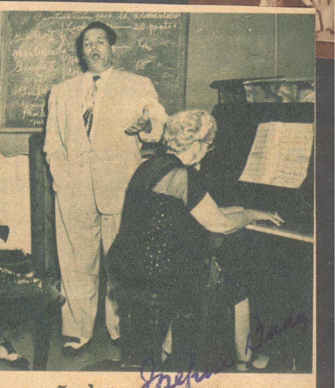 con el tenor español Esteban Peñate
