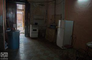 Hogar de uno de los habitantes de Zulueta 505. Foto: Otmaro Rodríguez.