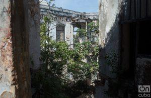 La esquina derrumbada de Zulueta 505. Foto: Otmaro Rodríguez.