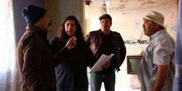 Lilo Vilaplana da indicaciones durante la filmación a sus intérpretes: Bárbaro Marín, Jorge Perogurría y Alberto Pujols