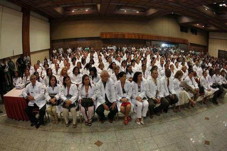 mais medicos colaboradores cubanos