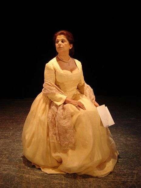 """Actuando en Miami en la obra """"Conversación en la casa Stein sobre el ausente señor von Goethe"""", noviembre de 2012. Foto: artistasmiami.com"""