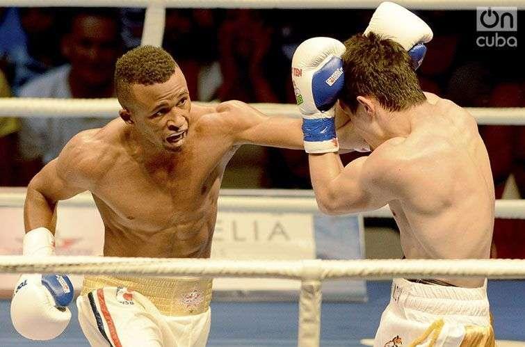El Príncipe Lázaro Álvarez demostró ante los Tigres el porqué es considerado el mejor boxeador cubano en la actualidad / Foto: Ricardo López Hevia