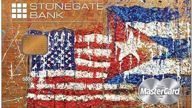 Diseño de la primera tarjeta de crédito del banco Stonegate para ser usada en Cuba. El diseño es inspirado en la obra de Michel Mirabal. Foto: cortesía del artista