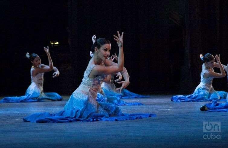 Lizt Alfonso Cuba Dance en su espectáculo por el aniversario 25 de la compañía, en el Teatro Karl Marx. Foto: Regino Sosa